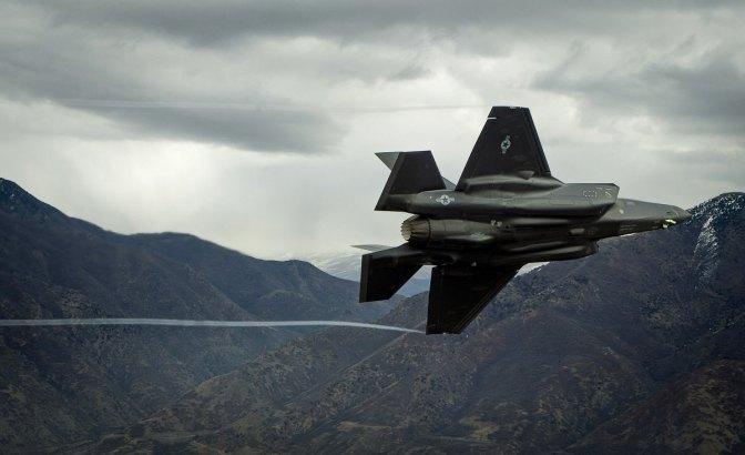 Target Angkatan Udara AS Turunkan Biaya Pemeliharaan F-35 Setara F-16