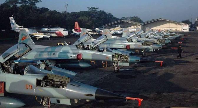 C-130 Hercules TNI AU Pernah 'Dipaksa' Mengangkut F-5 Tiger