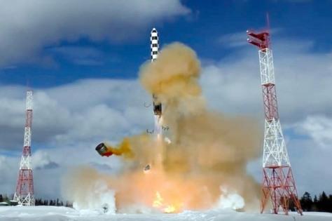 Rusia berhasil melakukan uji coba rudal balistik antar benua Satan 2. (Istimewa)