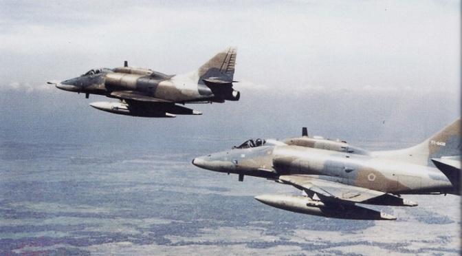 Kisah Misi Rahasia Membawa Pulang A-4 Skyhawk