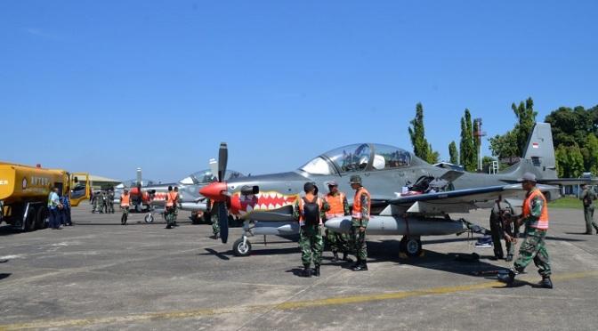Dua Flight Super Tucano Transit Di Lanud Sultan Hasanuddin
