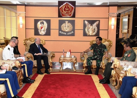 Marsekal TNI Hadi Tjahjanto, S.I.P menerima Kunjungan Kehormatan Mr. Joseph R. Donovan Jr.