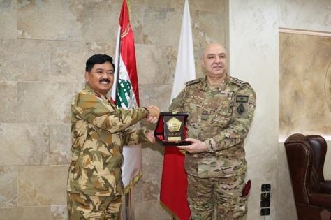 Panglima TNI Marsekal TNI Hadi Tjahjanto, S.I.P. melakukan kunjungan kehormatan dengan Panglima Angkatan Bersenjata (Pangab) Lebanon Lieutenant General Joseph Aoun