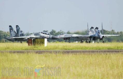 Sukhoi 27 30 MK saat menjalani latihan sriti gesit 2018 di Lanud Sultan Hasanuddin (Kabar Makasar)
