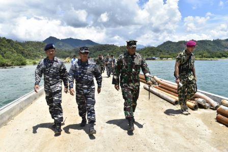 Wakasal Tinjau Pembangunan Dermaga Armada Terpadu di Teluk Ratai. (TNI AL)