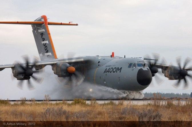 Penandatanganan MoU Pengoperasian Pesawat A-400M Antara TNI AU dengan PT. PPI