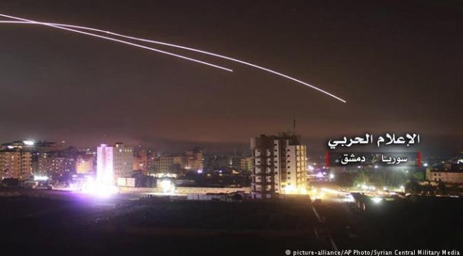 Israel dan Iran Saling Serang di wilayah Suriah