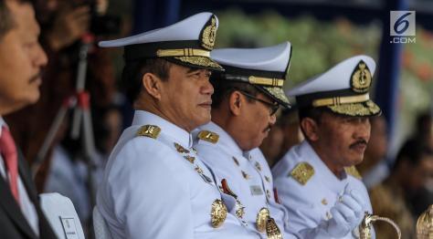 Kepala Staf Angkatan Laut (Kasal) Laksamana TNI Ade Supandi meresmikan armada baru KRI Kurau 856. (Liputan6) 1