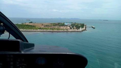 Pulau Nipah (pulau Nipa) Batam Kepri. (Halaman Kepri)