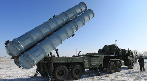 S-400 Triumf air defense systems prepared for being put into service