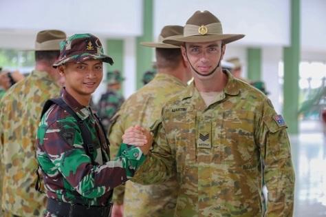 Saling Bertukar Keterampilan Militer TNI-AD dan AD Australia dalam Gelaran JOCIT-I 1