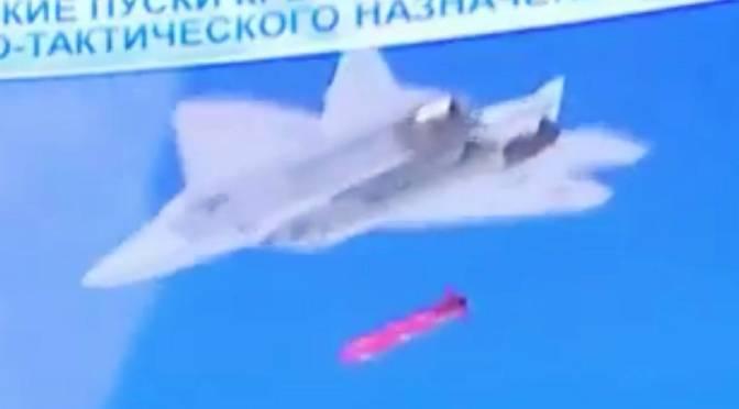 Jet Tempur Su-57 Rusia Luncurkan Rudal Jelajah Baru Dari Internal Weapons Bay-nya