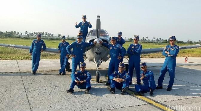 Tim Akrobatik Pesawat 'Neptunus' TNI AL