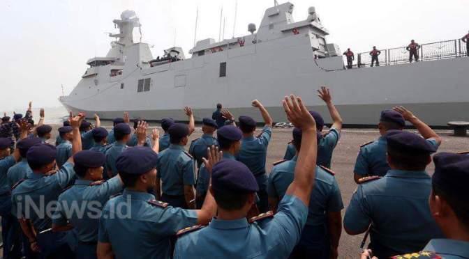 TNI AL Kerahkan KRI RE. Martadinata-331 dan KRI Makasar-590 di Rimpac 2018