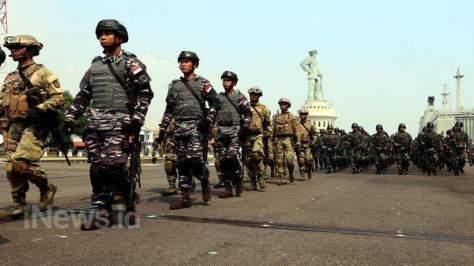 TNI AL Kerahkan KRI RE. Martadinata-331 dan KRI Makasar-590 di Rimpac 2018 3