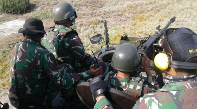 Latihan Tembak Ranpur M113 Yonif Mekanis Raider 413 Kostrad