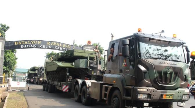 Lima Unit MBT Leopard 2 RI Bergeser Dari Yonkav 1 Kostrad Ke Yon Mandala Yudha Kostrad