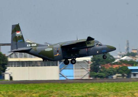 PTDI melakukan ferry flight 2 (dua) unit pesawat terbang NC212i untuk Angkatan Udara Filipina (8 6). (PT DI).1