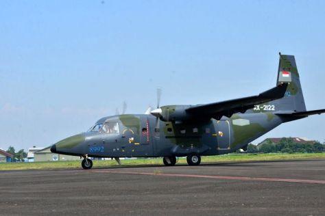 PTDI melakukan ferry flight 2 (dua) unit pesawat terbang NC212i untuk Angkatan Udara Filipina (8 6). (PT DI).4