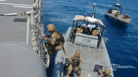 Satgas MTF TNI AL Berikan Latihan Boarding Kepada Tim VBSS LAF Navy 1