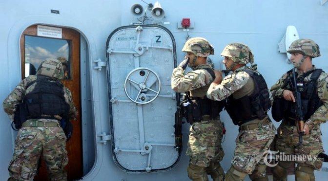 Satgas MTF TNI AL Berikan Latihan Boarding Kepada Tim VBSS LAF Navy