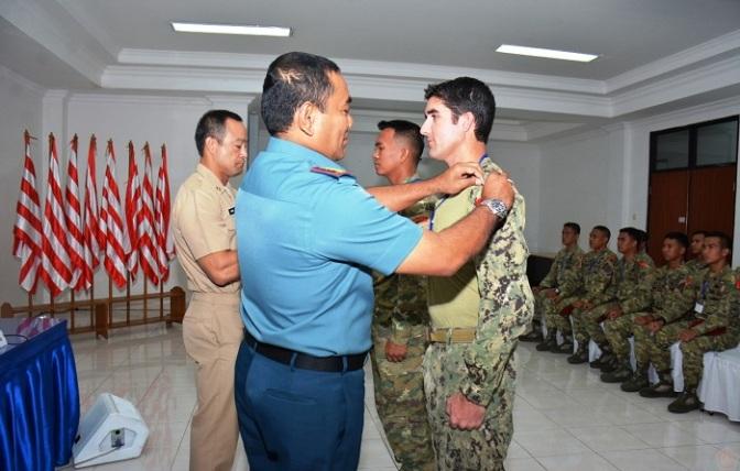 Kopaska Bersama Navy Seal Gelar Latihan Thunder Iron 18-2446