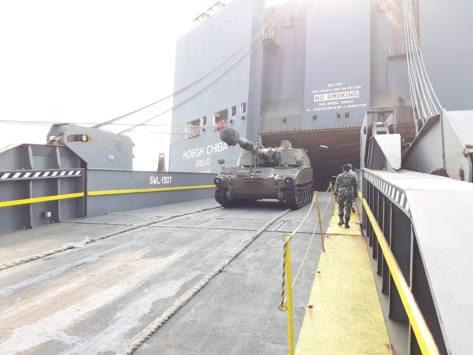 M109 tiba di Tanjung Priok 9 Juli 2018 (IPC terminal)