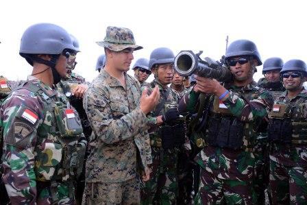 Marinir TNI AL Latihan Menembak di Pohakuloa Training Area