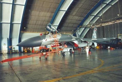 Su-27 TS-2701 (inside)