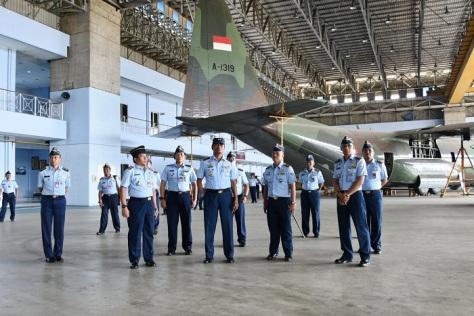 Dankoharmatau ke Depohar 10 - Hercules TNI AU
