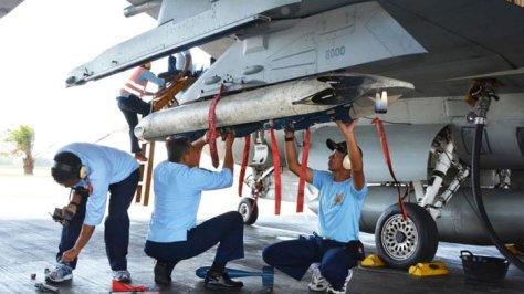 Delapan pesawat tempur Lanud Iwj Serang AWR Ponorogo 1