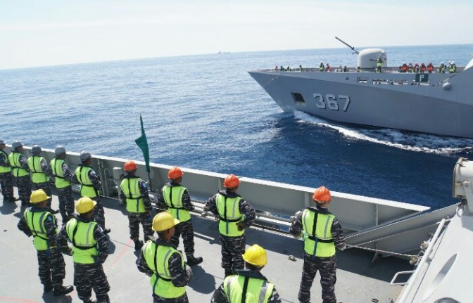 KRI Sultan Hasanuddin-366 Latihan Aplikasi Sea Phase