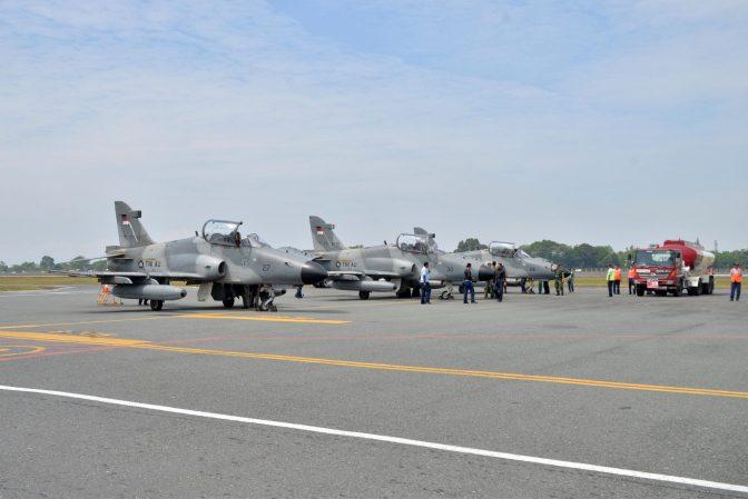 Pesawat Tempur Hawk 100/200 TNI AU Gelar Latihan Hanud Kilat Cakra D