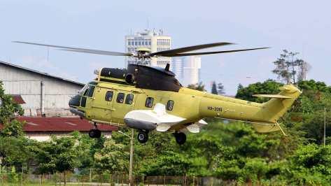 Super Puma dengan nomor registrasi HX-3315 (AR)