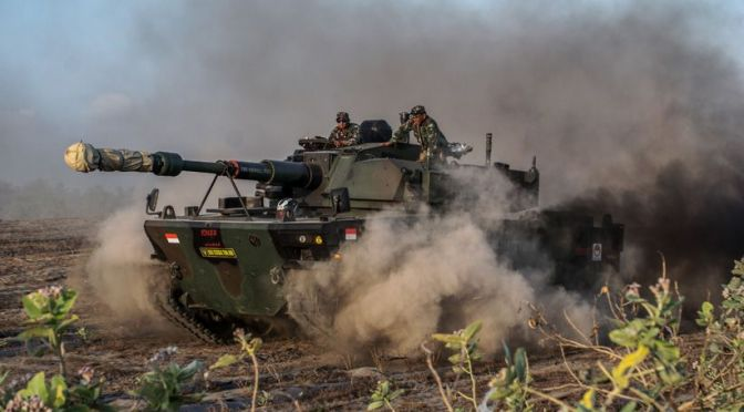 Uji Daya Gerak Medium Tank PT Pindad – FNSS (Video)