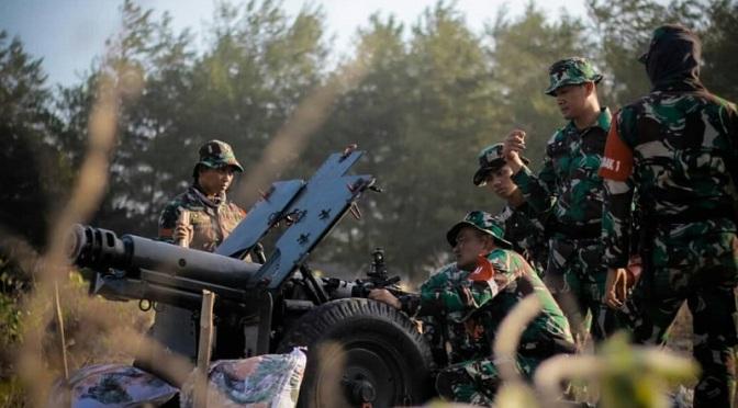 Yonarmed 11 Kostrad Latihan Menembak Meriam 76