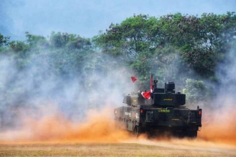 Uji Tembak Medium Tank 1