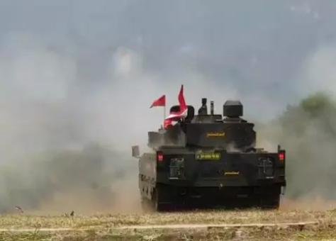 Uji tembak tank medium Pindad (Pindad) 2