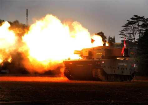 Uji tembak tank medium Pindad (Pindad) 4