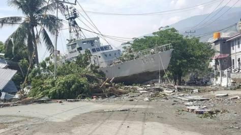 KAL Andau I.6-18 Terdampak Tsunami di Kabupaten Donggala. (def.pk)