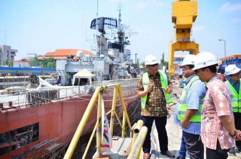 Kapal Perang di PT PAL dan KSP