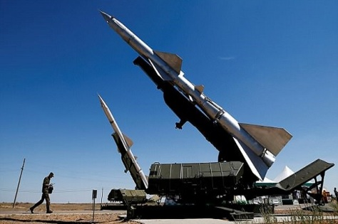 Sistem rudal pertahanan S-200 Suriah. REUTERS