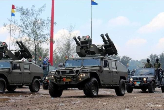 TNI AD Uji Empat Rudal dan Empat Meriam