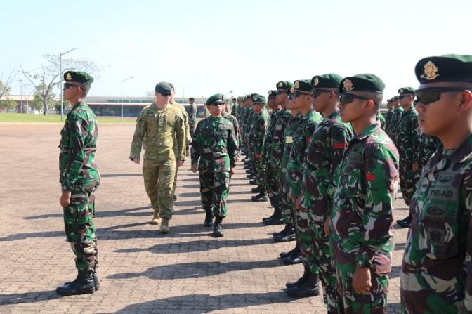 Yonif Mekanis Raider 411 Kostrad Ikuti Latma Ausindo Wirra Jaya di Darwin