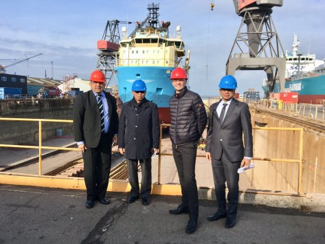 Ambassador Muhammad Ibnu Said visiting Lindø Industripark (former Odense Steel Shipyard) with the delegations from the Indonesian Navy and the Indonesian Ministry of Defence. 9 Oct 2018
