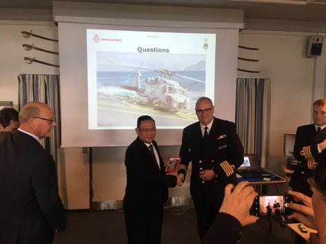An interesting and fruitful meeting with DALO (Danish Acquisition Logistic Acquisition) at Korsør Naval Base. 8 Oct 2018 (Twitter KBRI Kopenhagen) 2