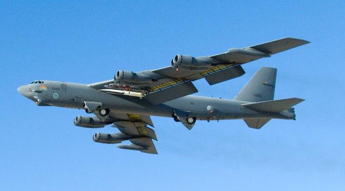 Pembom B-52 Milik AS Terbang di LCS