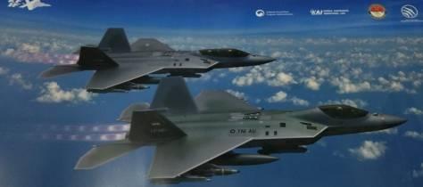 KF-X IF-X di Indo Defence 2018 (Gombal Jaya)