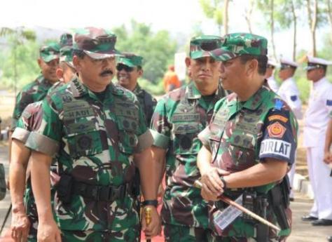 Latihan bantuan tembakan terpadu libatkan 3 matra TNI (Berita Jatim) 1
