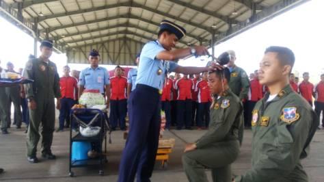 Letda Pnb Bangkit kelahiran Nganjuk Jawa Timur dan Letda Pnb Septian Derrys kelahiran Jakarta adalah lulusan AAU 2016, dan Sekbang Angkatan 93